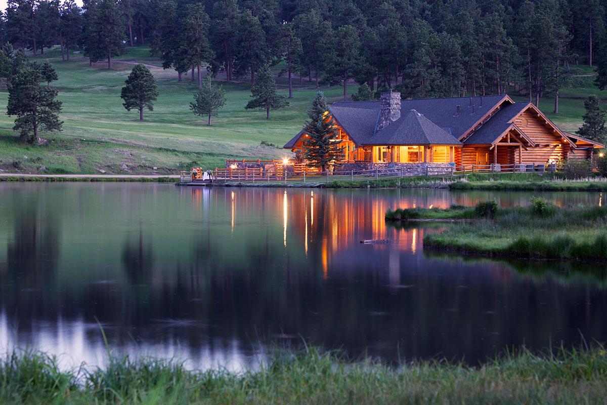 (Colorado-Homes-2)---iStock